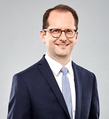 Dr. Dirk Schmitz